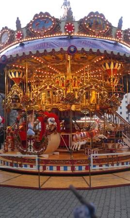 Karussell_Dresdner_Weihnachtsmarkt